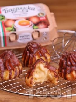 Домашни еклери с крем и шоколадова глазура - снимка на рецептата